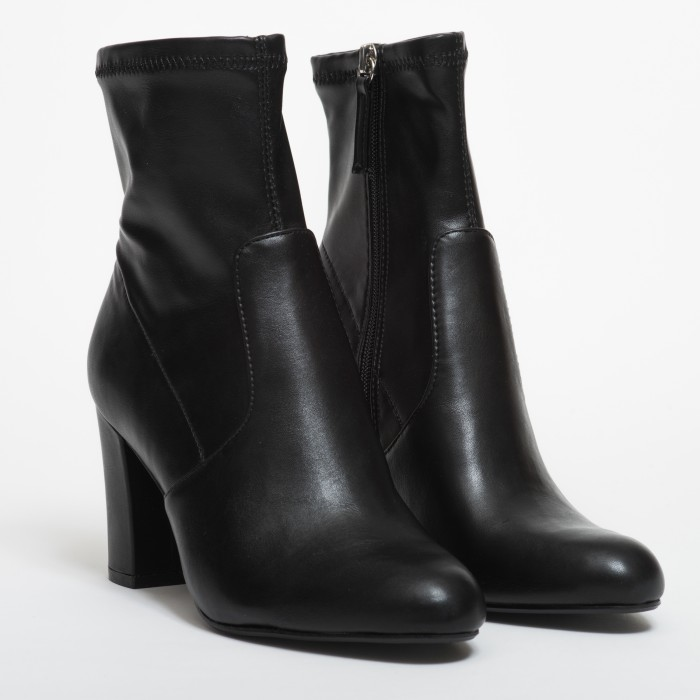 Steve Madden Actual Black